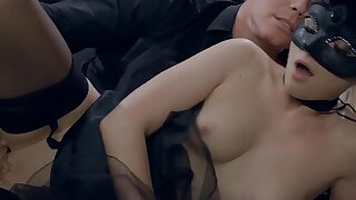 Masked Czech Aureate Hair Babe Vinna Reed Gets Ejaculant Covered