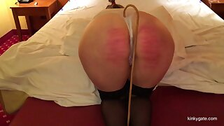 A Bdsm date in a hotel in all directions a married submssive milf.
