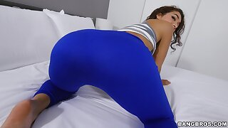 Deep vaginal intercourse after this fine doll sucks dick