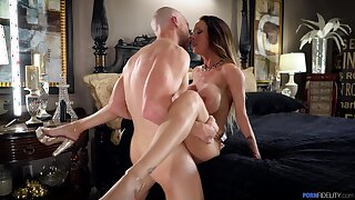 Sexually charged MILF just wants close to loathe full of hard cock